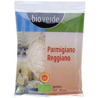 Käse Parmigiano Reggiano gerieben